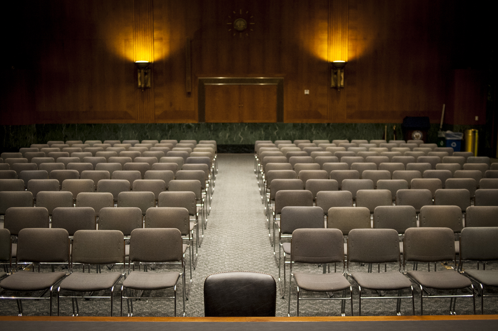 The Senate Banking, Housing and Urban Affairs Committee hearing room is ready for the hearing on the nomination of Janet Yellen to be chair of the of the Federal Reserve Board. Photographer: Pete Marovich/Bloomberg