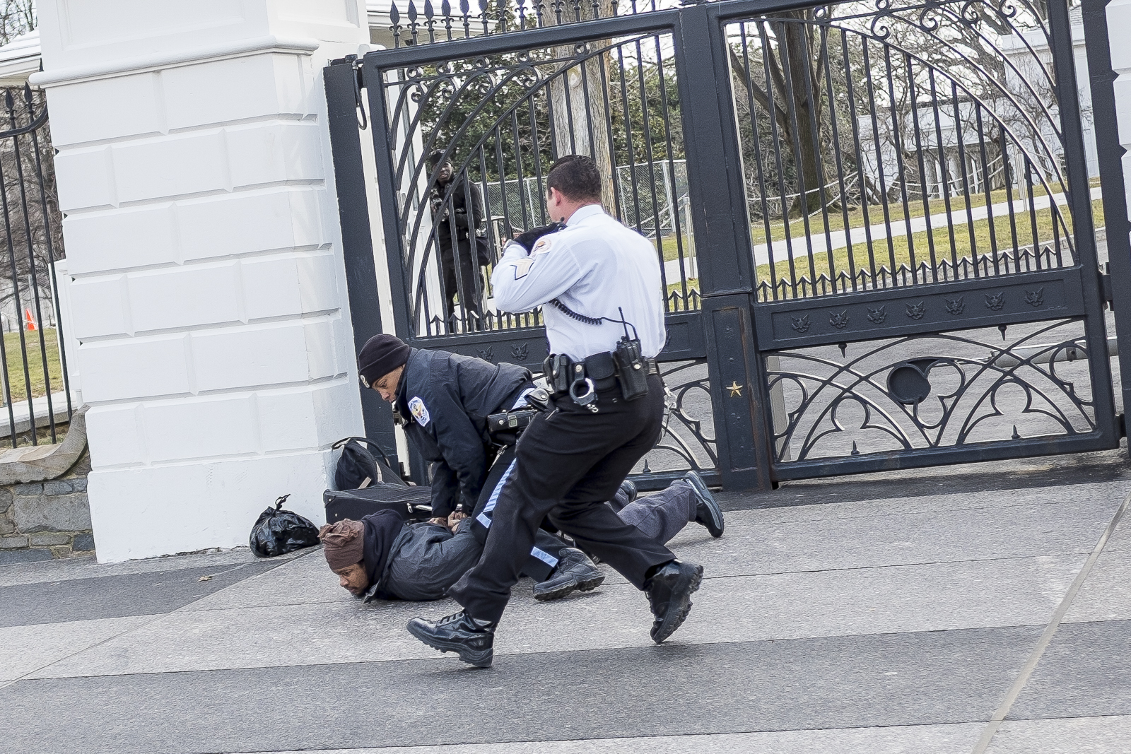 Man Attempts To Scale White House Fence
