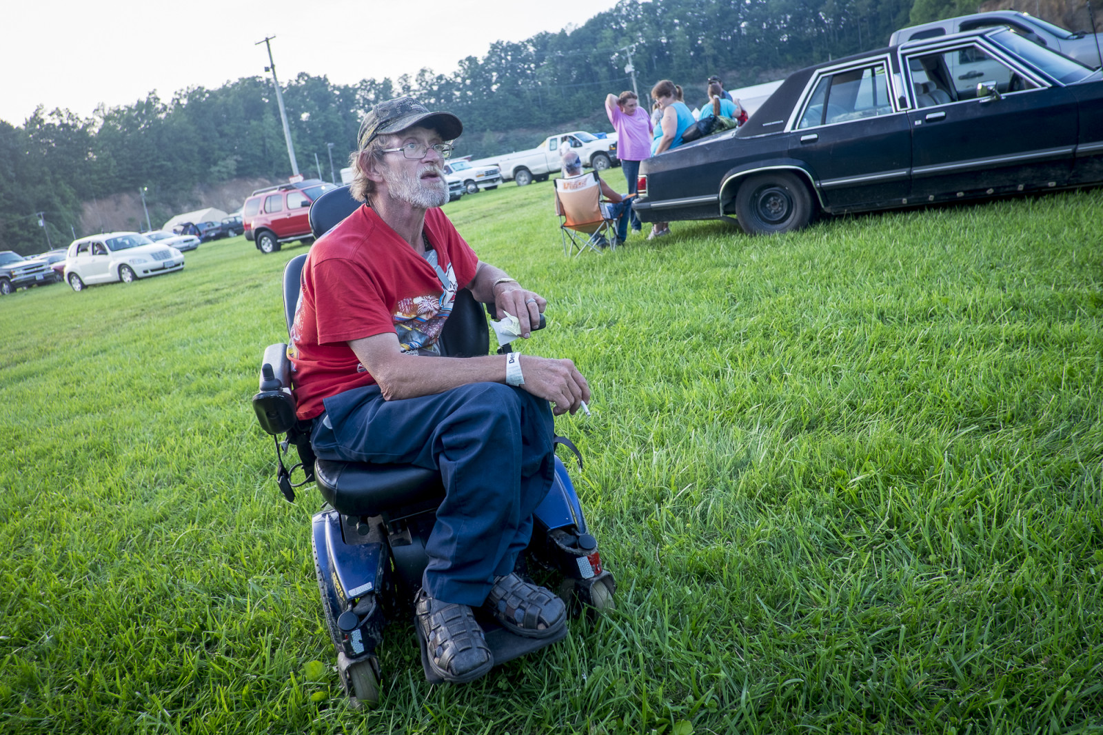Wayne Moore, 55, of Clinchco. Virginia., waits in the parking lot at the Wise County Fairgrounds, where people hope to receive free medical care the next day at the 16th annual Remote Area Medical (RAM), clinic in Wise, Virginia. Photo: Pete Marovich/Bloomberg